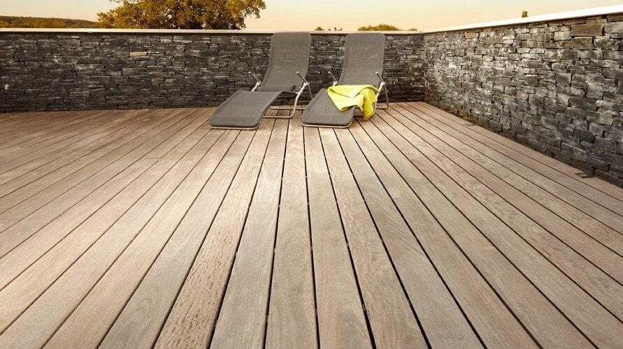 terrassen parquet b hm aussenbereich zum anfassen. Black Bedroom Furniture Sets. Home Design Ideas