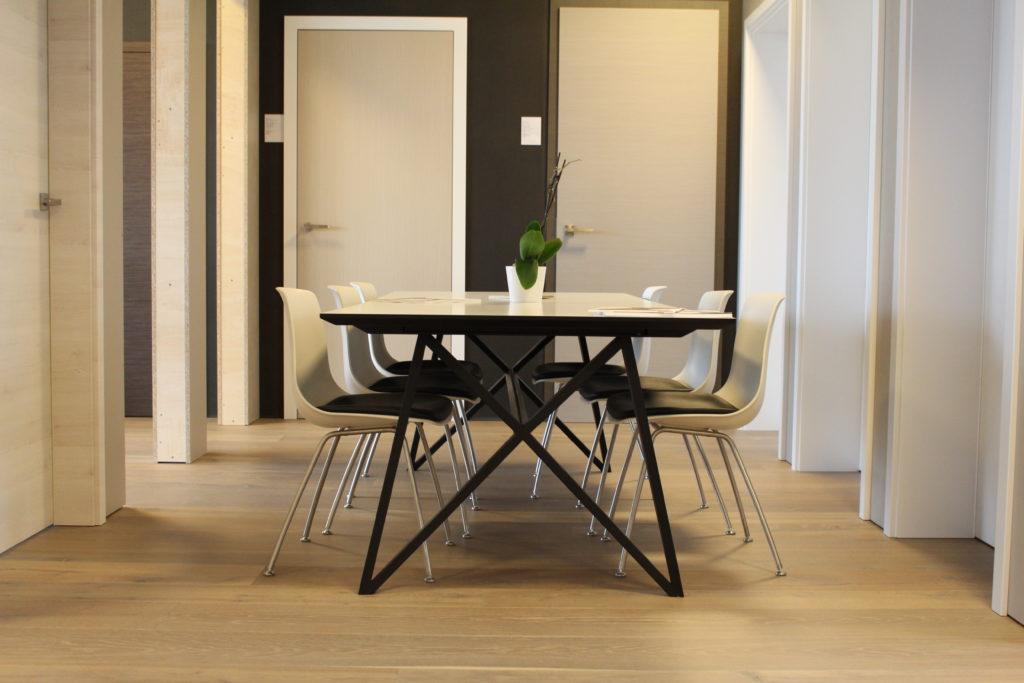 Böhm Naver Partner Tisch